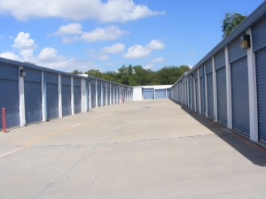Image of Metroplex Self Storage - Carrollton - 1838 South Josey Lane Facility on 1838 South Josey Lane  in Carrollton, TX - View 3