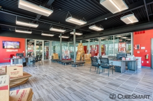 CubeSmart Self Storage - Dallas - 5505 Maple Ave - Photo 8