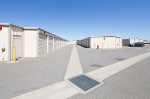 Trojan Storage of Rocklin - Photo 4