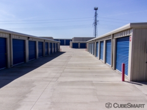 Image of CubeSmart Self Storage - Grand Prairie Facility on 3031 Equestrian Ln  in Grand Prairie, TX - View 3