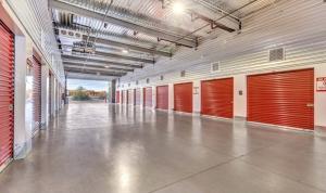Advantage Storage - Glendale - Photo 3