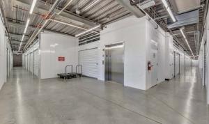Advantage Storage - Glendale - Photo 4