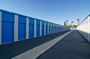 A-American Self Storage - Florida Ave - Photo 2