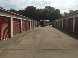Clarksville Lock Storage South - Photo 3