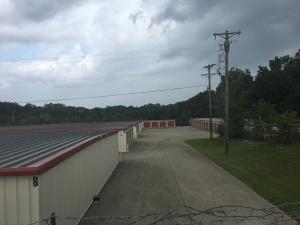 Clarksville Lock Storage South - Photo 11
