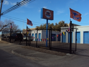 Image of Macho Self Storage - Dallas Willowbrook Facility on 2601 Willowbrook Road  in Dallas, TX - View 2
