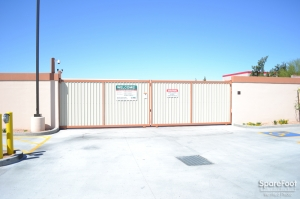 Dollar Self Storage - Glendale - Photo 3
