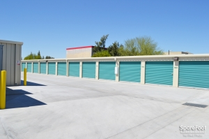 Dollar Self Storage - Glendale - Photo 11