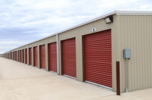 Longhorn State Storage - Amarillo - Photo 17