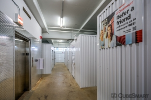 CubeSmart Self Storage - Chicago - 1038 W 35th St - Photo 6