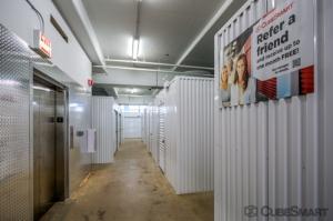 CubeSmart Self Storage - Chicago - 1038 W 35th St - Photo 7