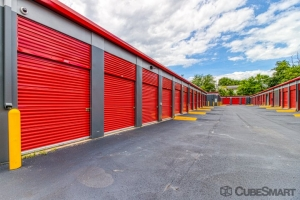 Image of CubeSmart Self Storage - Lanham Facility on 9641 Annapolis Road  in Lanham, MD - View 2
