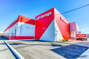 Image of CubeSmart Self Storage - Linden - 1051 Edward Street Facility at 1051 Edward Street  Linden, NJ