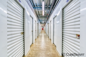 Image of CubeSmart Self Storage - Linden - 1051 Edward Street Facility on 1051 Edward Street  in Linden, NJ - View 3
