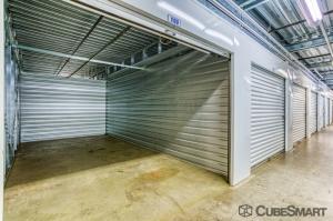 Image of CubeSmart Self Storage - Linden - 1051 Edward Street Facility on 1051 Edward Street  in Linden, NJ - View 4