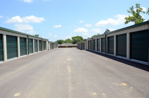Glenmary Storage - Photo 4