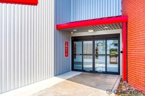 Image of CubeSmart Self Storage - Houston - 555 Bay Area Blvd Facility on 555 Bay Area Blvd  in Houston, TX - View 4