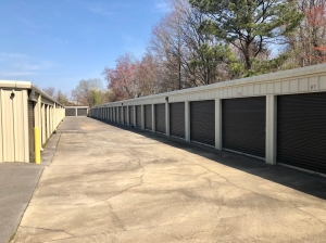 Huntsville Lock Storage - Photo 18