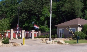 Image of Summit Self Storage - Chapel Hill Facility on 1892 Buchholzer Boulevard  in Akron, OH - View 2