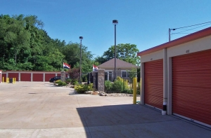 Image of Summit Self Storage - Chapel Hill Facility on 1892 Buchholzer Boulevard  in Akron, OH - View 3