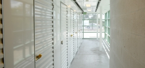 Guard Space Storage - Port Charlotte - Photo 2