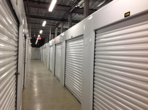 Image of Life Storage - Miami - Northeast 186th Terrace Facility on 2641 Northeast 186th Terrace  in Miami, FL - View 3