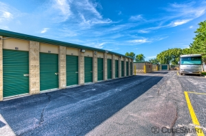 Image of CubeSmart Self Storage - Romeoville Facility on 1149 South Frontage Road  in Romeoville, IL - View 3