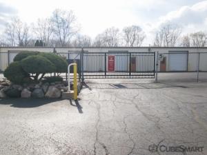 CubeSmart Self Storage - Waterford Township - 4303 Highland Rd - Photo 5