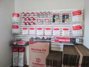 CubeSmart Self Storage - Waterford Township - 4303 Highland Rd - Photo 7