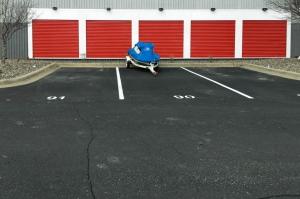US Storage Centers - White Bear - Photo 7
