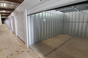 Image of US Storage Centers - Lake Elmo Facility on 9200 Hudson Boulevard  in Lake Elmo, MN - View 4
