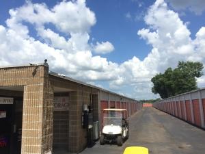 Lafayette Lock Storage - Photo 4