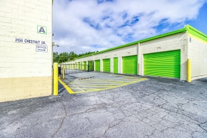 Image of Chestnut Self Storage Facility on 3134 Chestnut Drive  in Doraville, GA - View 2
