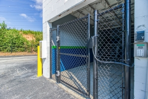 Image of Chestnut Self Storage Facility on 3134 Chestnut Drive  in Doraville, GA - View 4