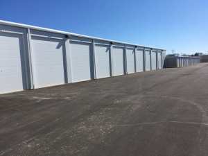 Image of Silver Spring Self Storage LLC Facility on 5525 North 27th Street  in Milwaukee, WI - View 4