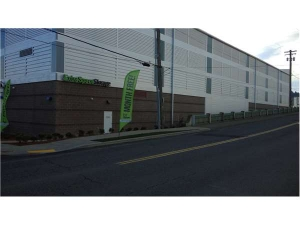 Extra Space Storage - Portland - Holladay St - Photo 5