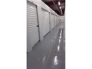 Extra Space Storage - Elmhurst - Industrial Dr - Photo 4