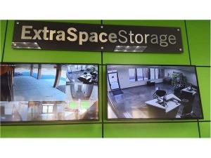 Extra Space Storage - Elmhurst - Industrial Dr - Photo 6