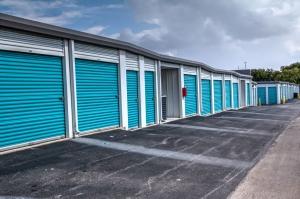 Picture 6 of Lockaway Storage - Huebner - FindStorageFast.com