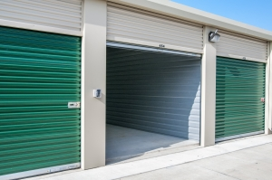 Picture of Lockaway Storage - Woodlake