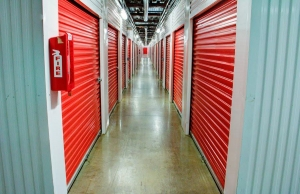 Lockaway Storage - Encino - Photo 5