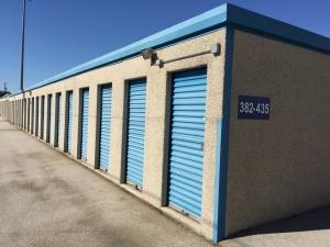 Image of Lockaway Storage - Harry Wurzbach Facility on 2626 Harry Wurzbach  in San Antonio, TX - View 4