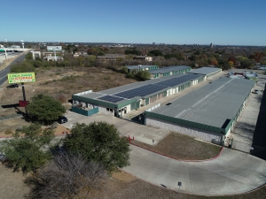 Image of Lockaway Storage - NW Loop 410 Facility at 3280 NW Loop 410  San Antonio, TX