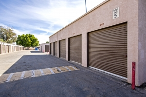 StaxUp Storage - Calexico - Photo 4