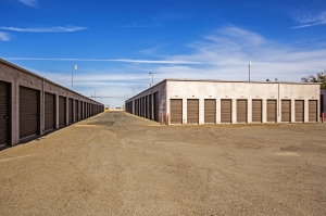 StaxUp Storage - Calexico - Photo 7