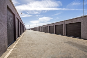 StaxUp Storage - Calexico - Photo 9