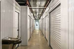 Lockaway Storage - Bandera - Photo 8