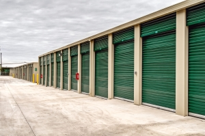 Lockaway Storage - Bandera - Photo 14