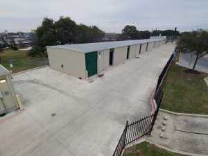 Lockaway Storage - Bandera - Photo 7