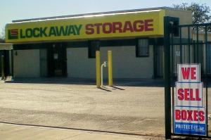 Picture 5 of Lockaway Storage - WW White - FindStorageFast.com